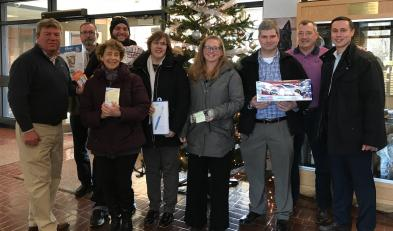 Professional Connections Networking Group Sponsors A Family For Christmas